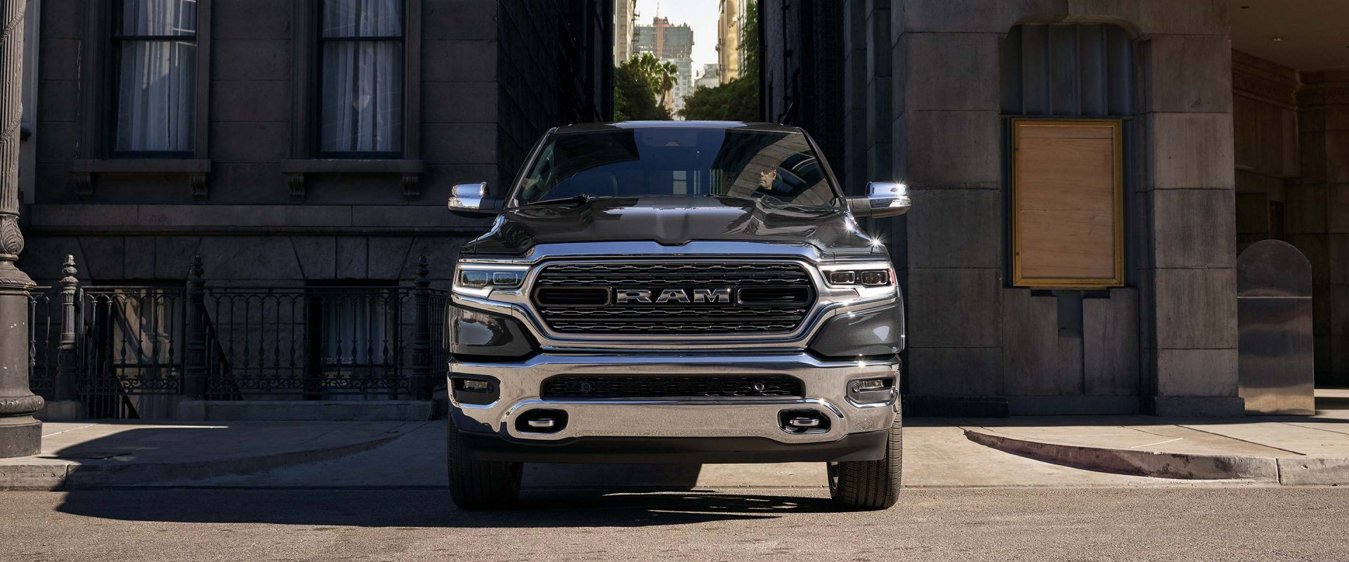 Ram 1500 2019 Exterior Aec Europe 1941 Dodge Truck Tailgate Unmistakably New Undeniably